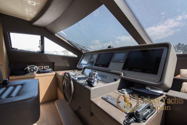 Ferretti 750 HT completo